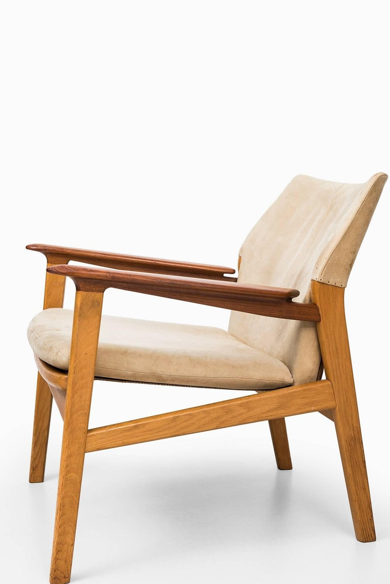 Suede Hans Olsen Easy Chairs Model 9015 by Gärsnäs in Sweden For Sale