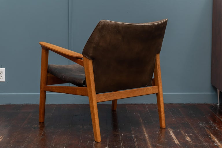 Mid-20th Century Hans Olsen Leather Lounge Chair For Sale