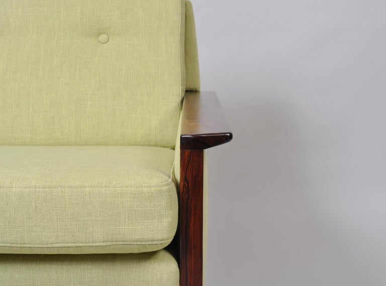 Hans Olsen, Lounge Chair, New Upholstery, Danish Midcentury In Good Condition For Sale In London, GB