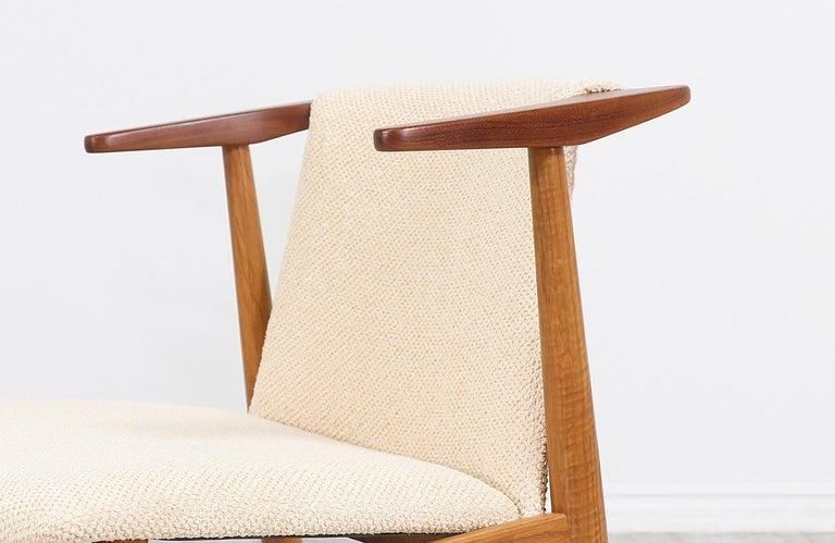 Hans Olsen Teak and Oak Armchair For Sale 4