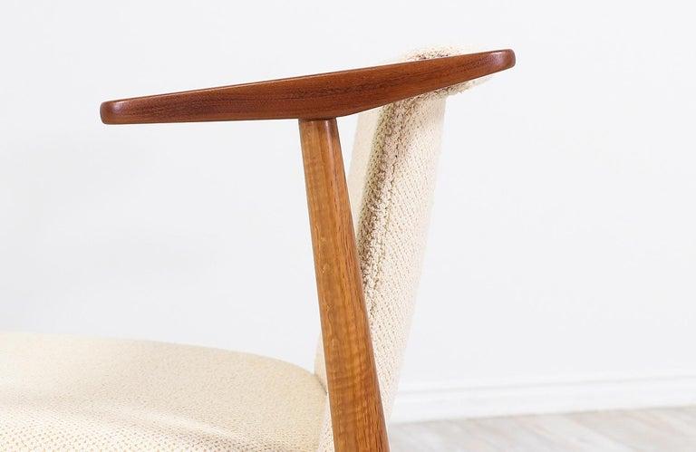 Hans Olsen Teak and Oak Armchair For Sale 5