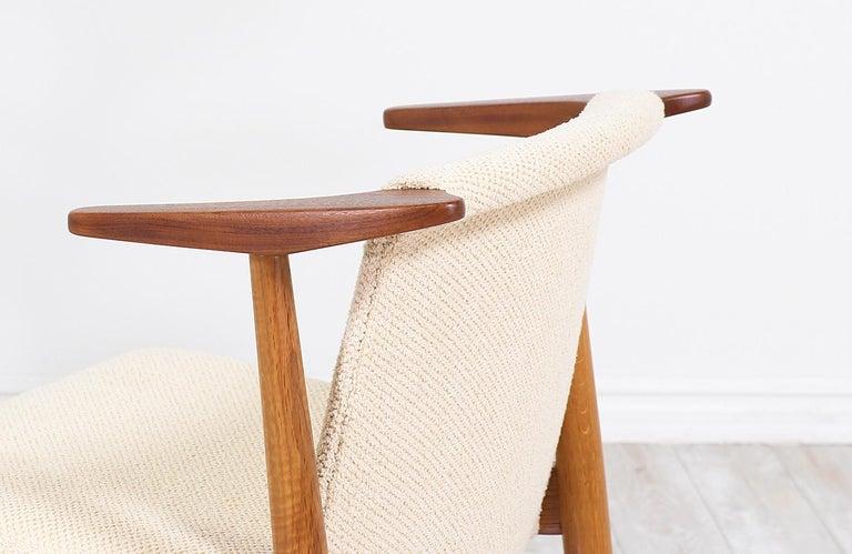 Hans Olsen Teak and Oak Armchair For Sale 2