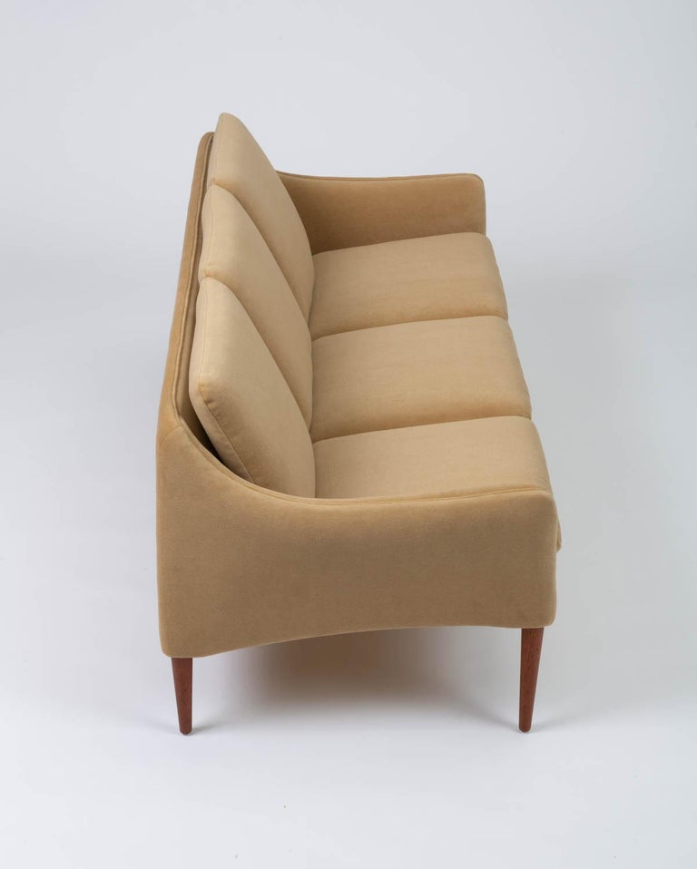 Hans Olsen Three-Seat Sofa in Italian Mohair For Sale 2