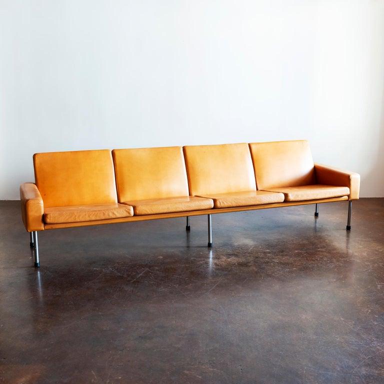 Scandinavian Modern Hans Wegner Airport Sofa, Model AP 34/4, Denmark, 1960s For Sale
