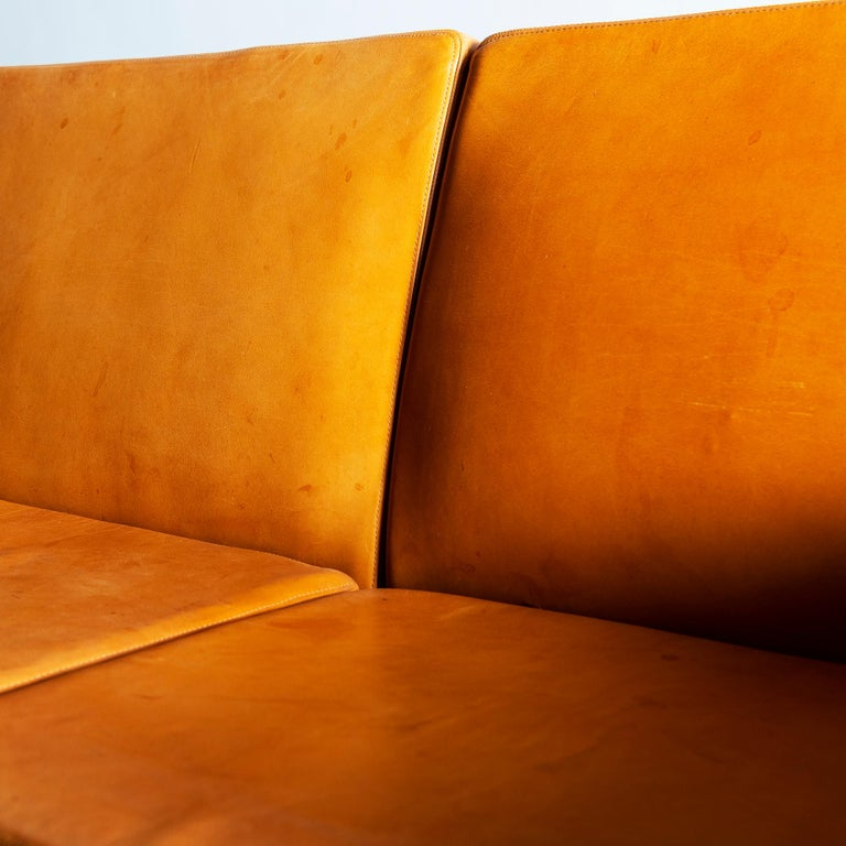 Mid-20th Century Hans Wegner Airport Sofa, Model AP 34/4, Denmark, 1960s For Sale