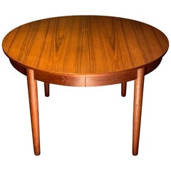 Hans Wegner Andreas Tuck Round Dining Table in Teak