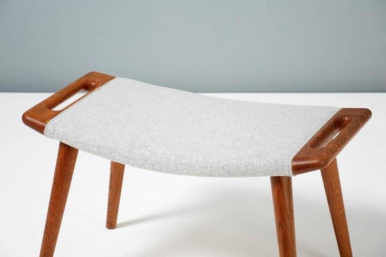 Fabric Hans Wegner AP-19 Papa Bear Chair and Ottoman, Oak For Sale