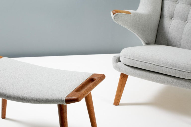 Hans Wegner AP-19 Papa Bear Chair and Ottoman, Oak For Sale 1