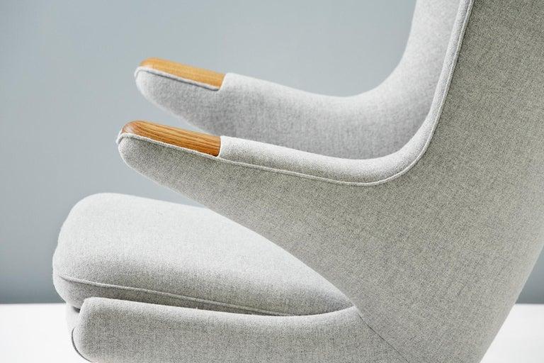 Hans Wegner AP-19 Papa Bear Chair and Ottoman, Oak For Sale 2