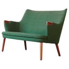 Hans Wegner AP 20 Sofa, Original Green Fabric, Denmark, 1950s-1960s