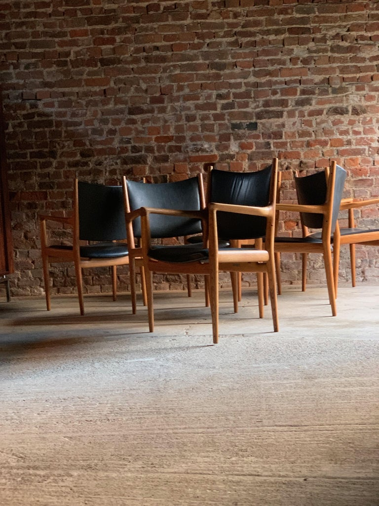Magnificent set of six Hans J Wegner for Johannes Hansen for Knoll conference chair JH-713, circa 1957. Solid oak frame with tapered round legs and leather back and seat upholstery, each chair stamped with makers mark to underside of each
