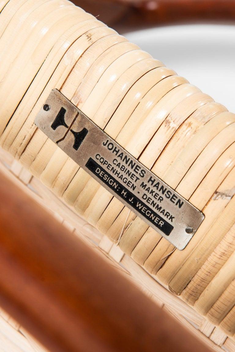 Hans Wegner Armchairs JH-505 Produced by Cabinetmaker Johannes Hansen in Denmark For Sale 2