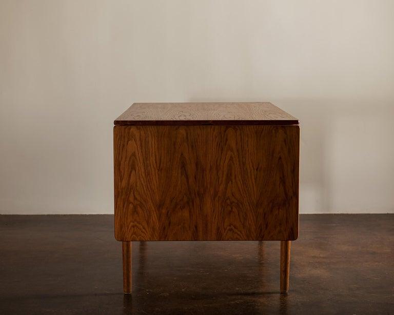 Hans Wegner AT305 Desk for Andreas Tuck, Denmark, 1950s For Sale 1