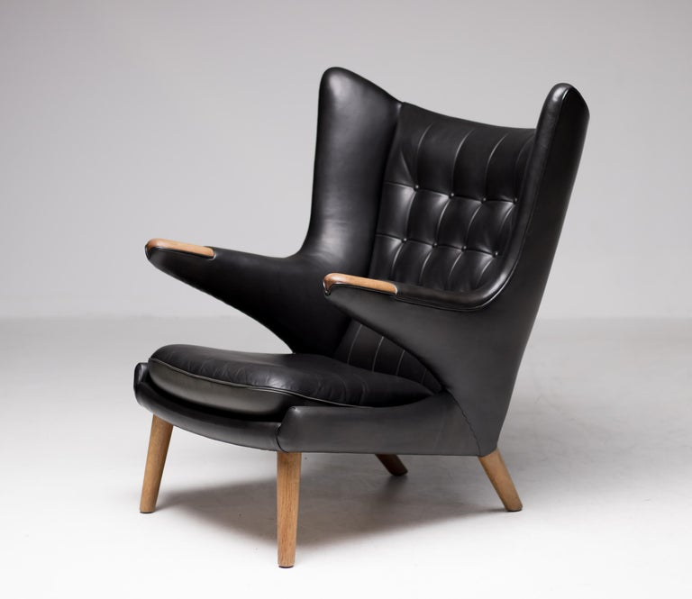 Hans Wegner Black Leather Pair of Papa Bear Chairs with Ottoman for A.P. Stolen For Sale 1