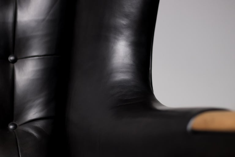 Hans Wegner Black Leather Pair of Papa Bear Chairs with Ottoman for A.P. Stolen For Sale 2
