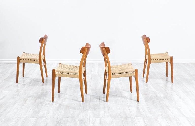 Hans Wegner CH-23 Dining Chairs for Carl Hansen & Søn In Excellent Condition For Sale In Los Angeles, CA
