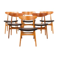 Hans Wegner CH 30 Chairs in Teak, Oak and Leather, Denmark 1950s, Set of 6