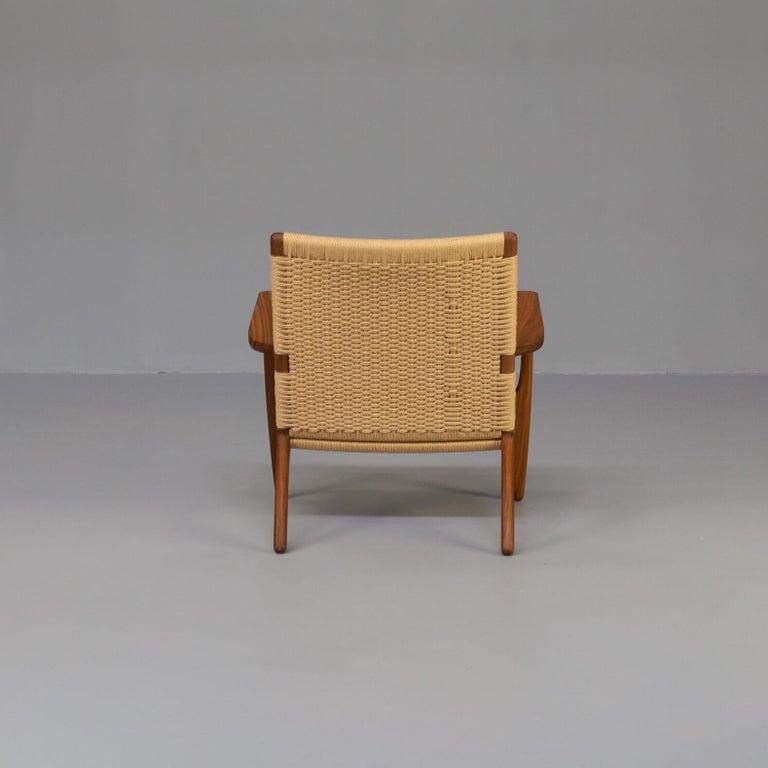 Hans Wegner CH25 Lounge Fauteul for Carl Hansen In Good Condition For Sale In Amstelveen, Noord