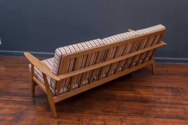 Mid-20th Century Hans Wegner Cigar Sofa for GETAMA For Sale