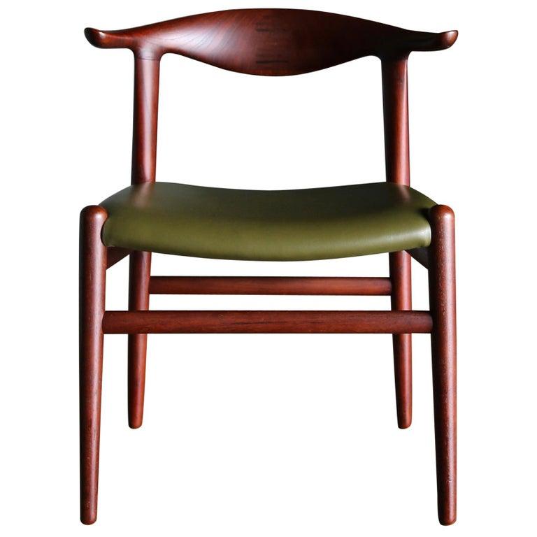 Hans Wegner Cow Horn Chair for Johannes Hansen, circa 1952 For Sale
