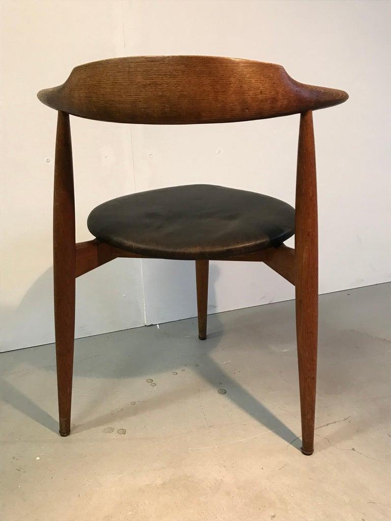 Mid-Century Modern Hans Wegner Dining Chair For Sale