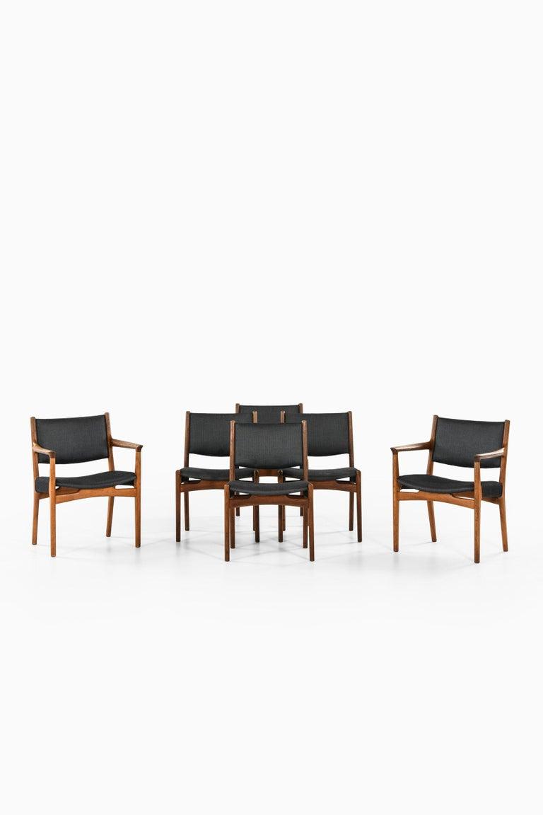 Mid-20th Century Hans Wegner Dining Chairs by Cabinetmaker Johannes Hansen in Denmark For Sale