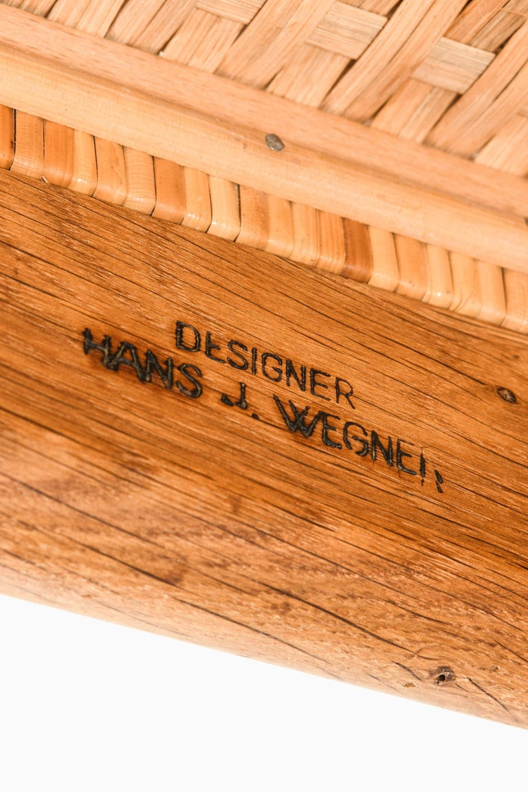 Hans Wegner Dining Chairs Model CH-31 Produced by Carl Hansen & Son in Denmark For Sale 3