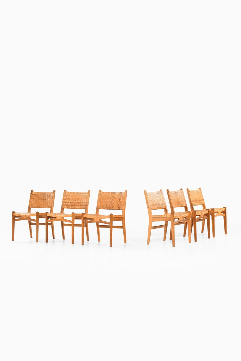 Hans Wegner Dining Chairs Model CH-31 Produced by Carl Hansen & Son in Denmark For Sale 4