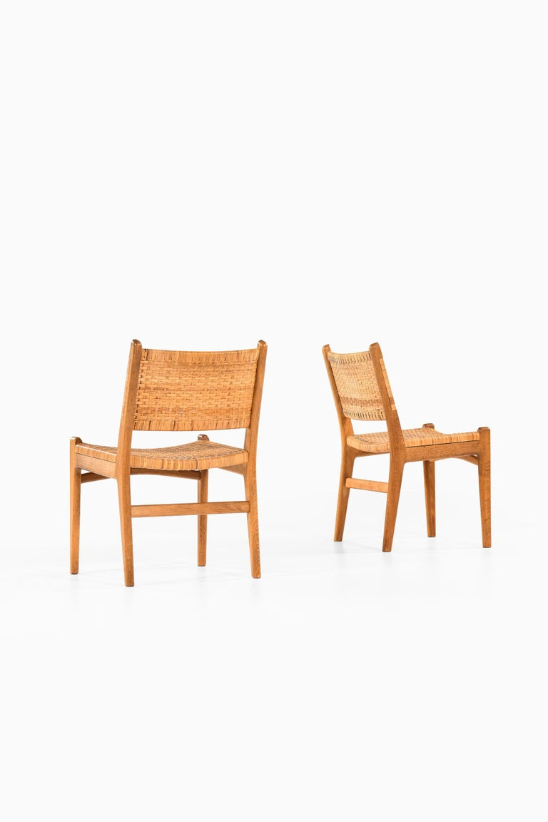 Hans Wegner Dining Chairs Model CH-31 Produced by Carl Hansen & Son in Denmark For Sale 1