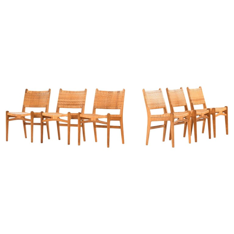 Hans Wegner Dining Chairs Model CH-31 Produced by Carl Hansen & Son in Denmark For Sale