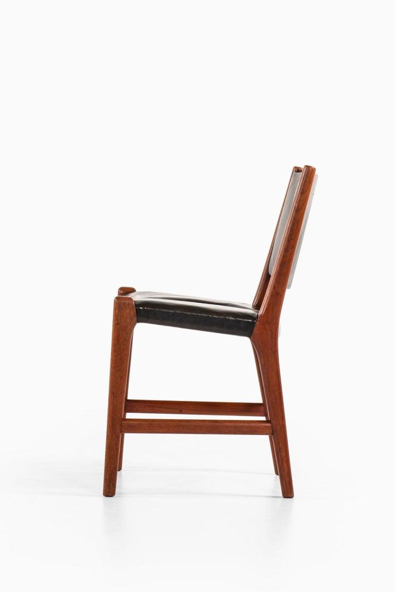 Hans Wegner Dining Chairs Variant of Model JH507 by Cabinetmaker Johannes Hansen For Sale 2