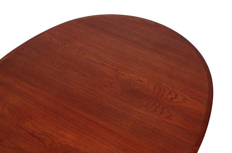 Hans Wegner Dining Table for Johannes Hansen Model JH-567 For Sale 8