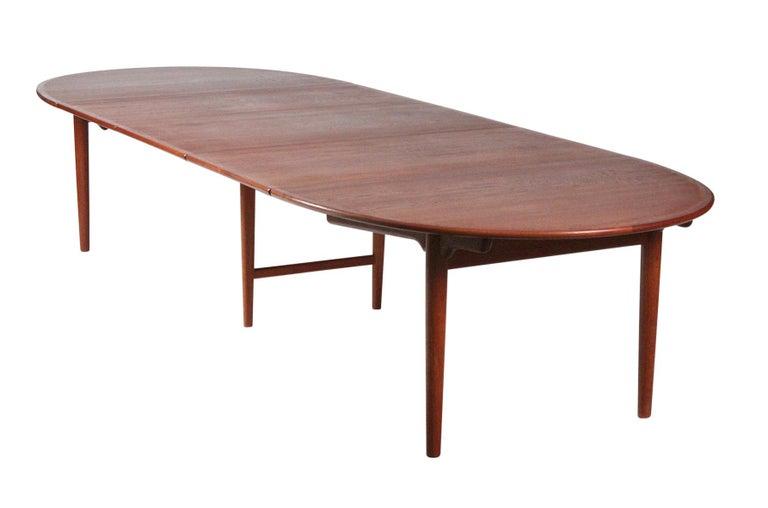 Teak Hans Wegner Dining Table for Johannes Hansen Model JH-567 For Sale