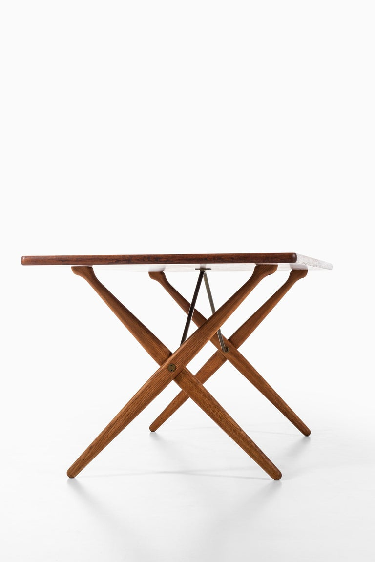 Mid-20th Century Hans Wegner Dining Table Model AT-303 Produced by Andreas Tuck in Denmark For Sale