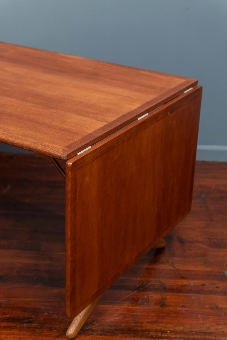Mid-20th Century Hans Wegner Dining Table, Model AT 304 For Sale