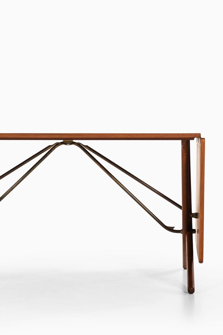 Scandinavian Modern Hans Wegner Dining Table Model AT-304 Produced by Andreas Tuck in Denmark For Sale