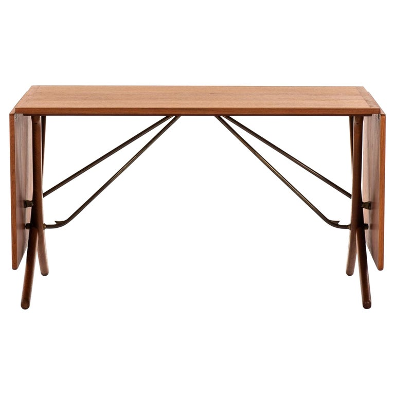 Hans Wegner Dining Table Model AT-304 Produced by Andreas Tuck in Denmark For Sale