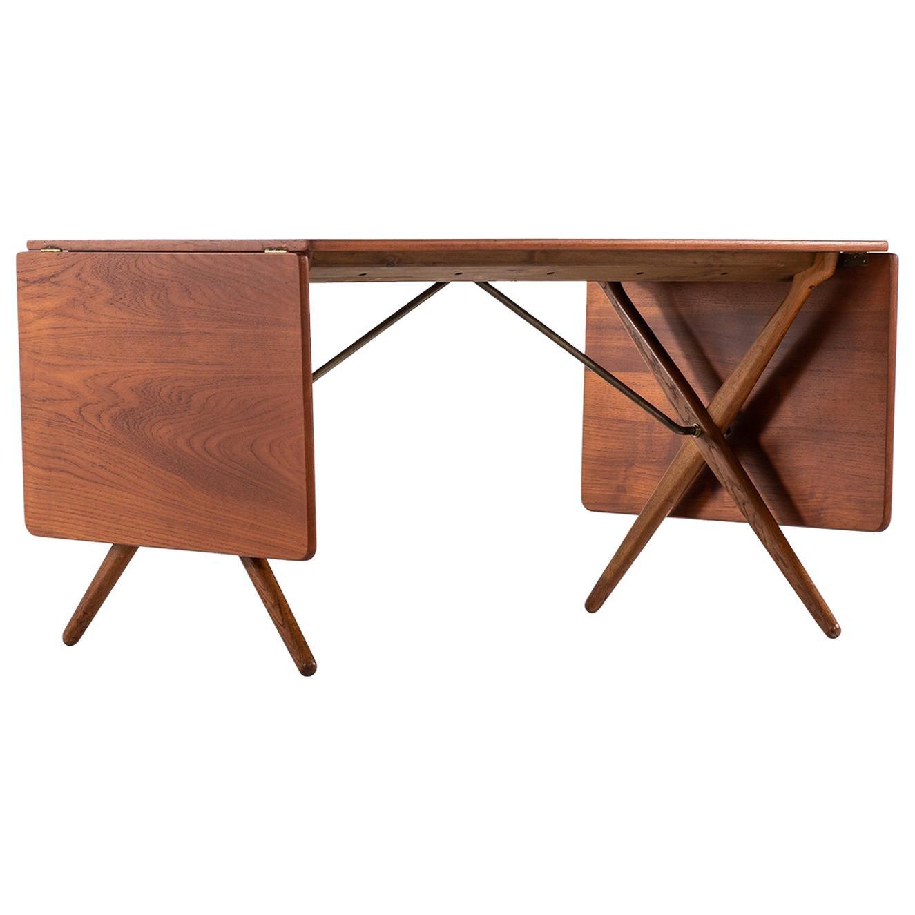 Hans Wegner Dining Table Model AT-309 by Andreas Tuck in Denmark