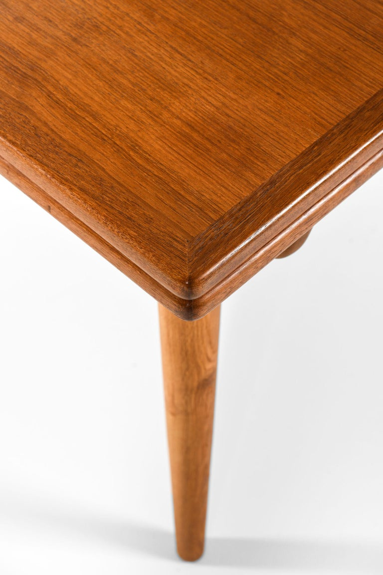 Hans Wegner Dining Table Model AT-312 Produced by Andreas Tuck in Denmark In Good Condition For Sale In Malmo, SE