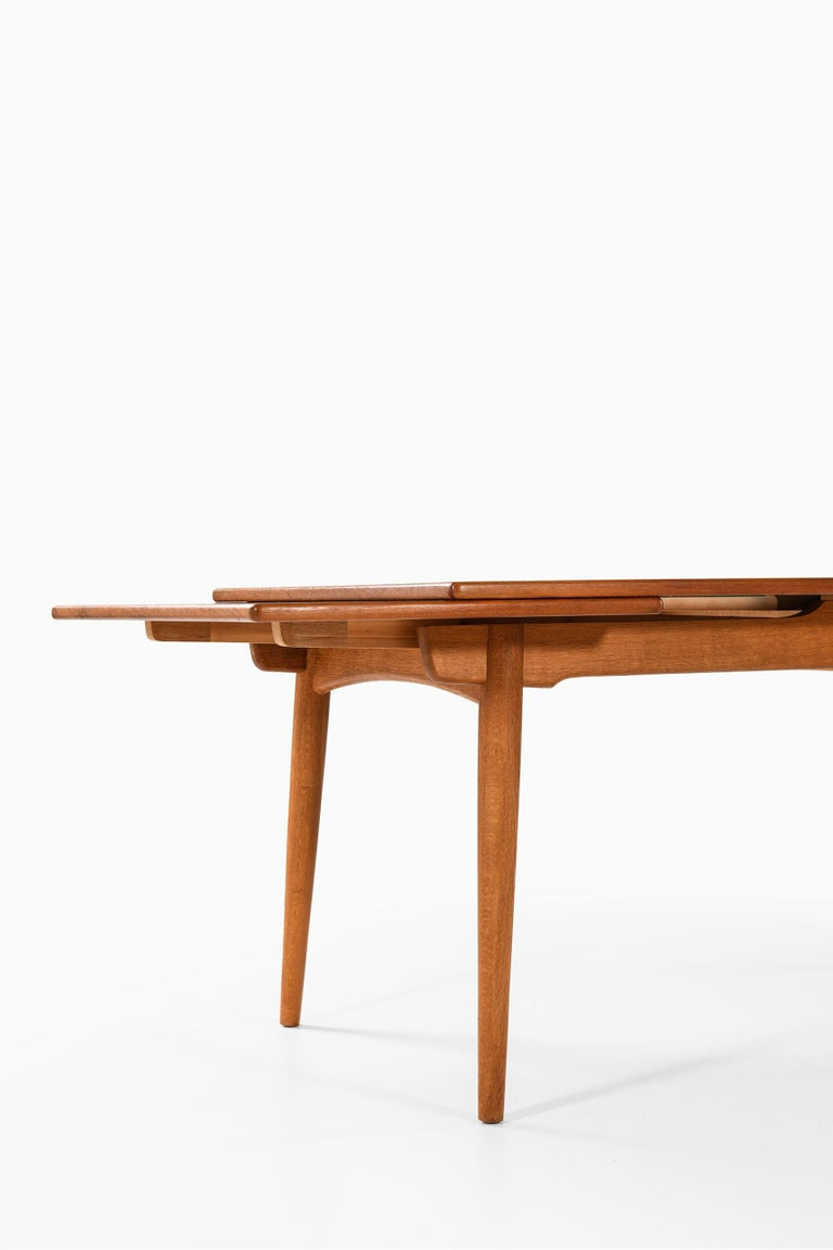 Hans Wegner Dining Table Model AT-312 Produced by Andreas Tuck in Denmark For Sale 1