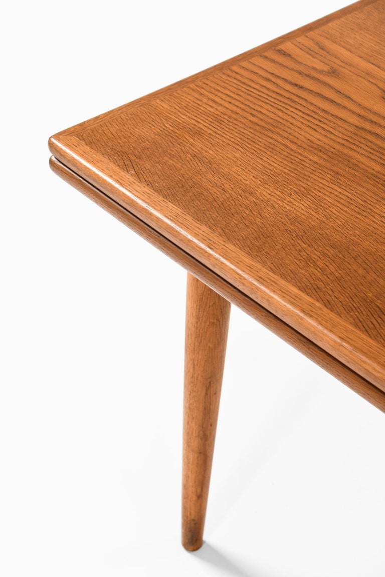 Hans Wegner Dining Table Model AT-312 Produced by Andreas Tuck in Denmark For Sale 2