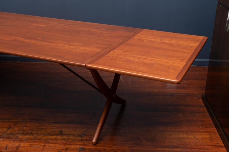 Mid-20th Century Hans Wegner Dining Table Model AT-314 For Sale