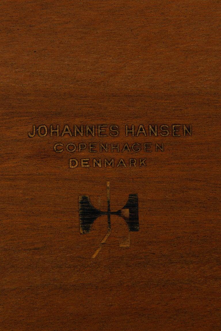 Hans Wegner Dining Table Model JH-570 by Johannes Hansen in Denmark For Sale 1