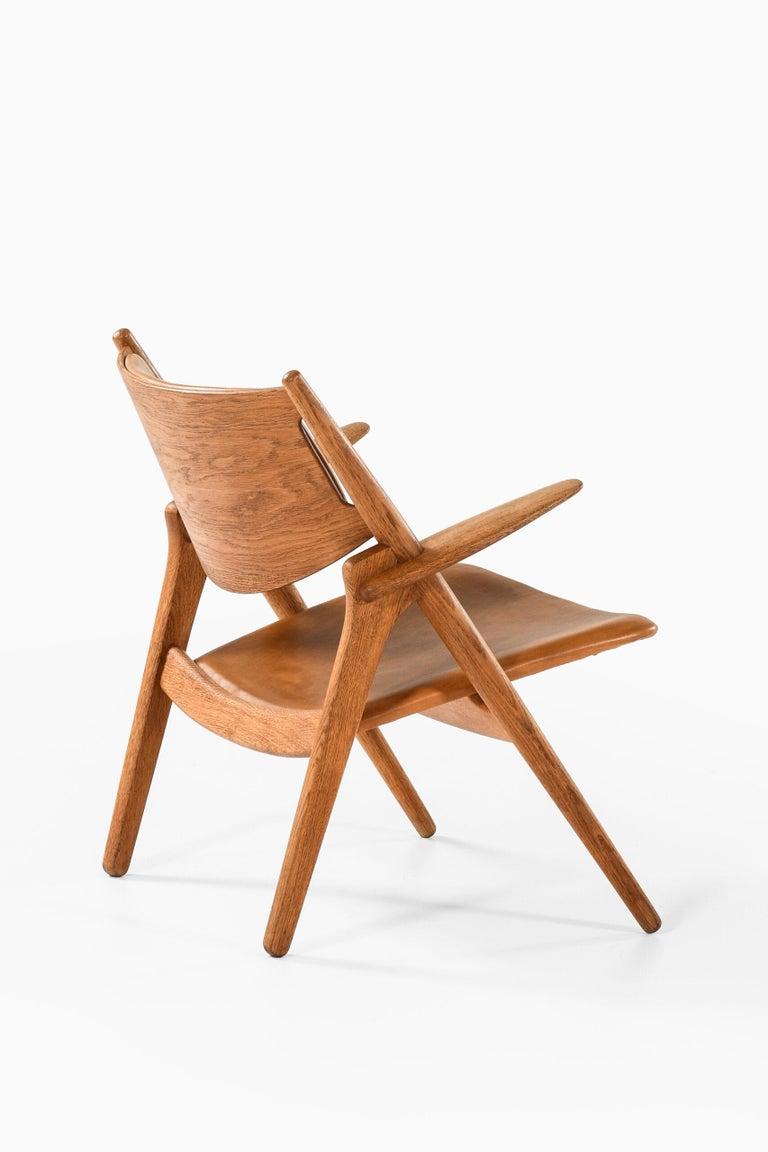 Hans Wegner Easy Chairs Model CH-28 Produced by Carl Hansen & Søn in Denmark For Sale 7