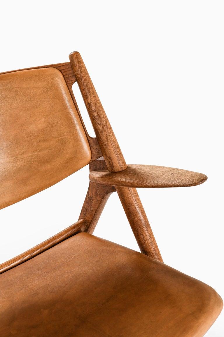 Hans Wegner Easy Chairs Model CH-28 Produced by Carl Hansen & Søn in Denmark For Sale 1
