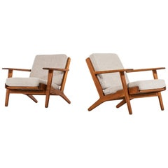 Hans Wegner Easy Chairs Model GE-290 Produced by GETAMA in Denmark