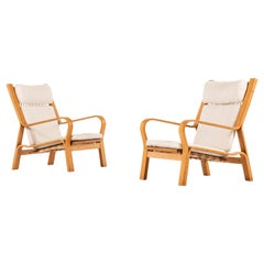 Hans Wegner Easy Chairs Model GE-671 Produced by GETAMA in Denmark