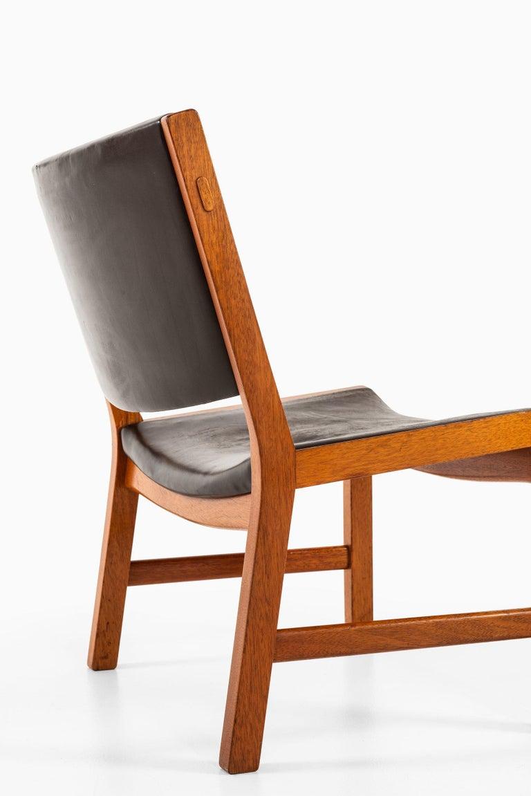 Scandinavian Modern Hans Wegner Easy Chairs Model JH54 by Cabinetmaker Johannes Hansen in Denmark For Sale
