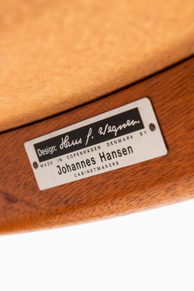 Hans Wegner Easy Chairs Model JH54 by Cabinetmaker Johannes Hansen in Denmark In Good Condition For Sale In Malmo, SE