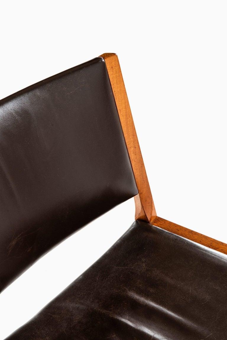 Mid-20th Century Hans Wegner Easy Chairs Model JH54 by Cabinetmaker Johannes Hansen in Denmark For Sale